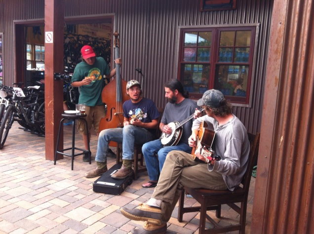 The music at Tin Shed/Salto